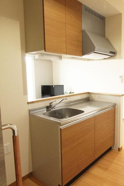 ミニキッチン~冷蔵庫を置けるスペースも
